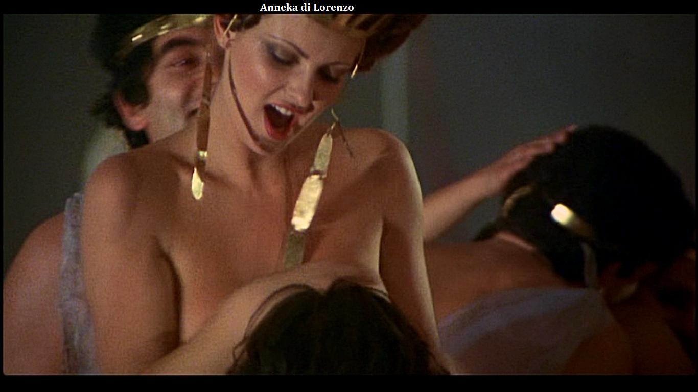 Лесбийская сцена из калигула